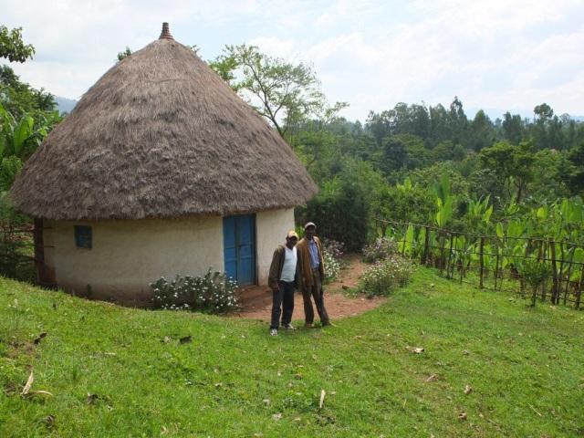 Ashu and Marcos in Azedabo, Kembata-Tembaro, Ethiopia