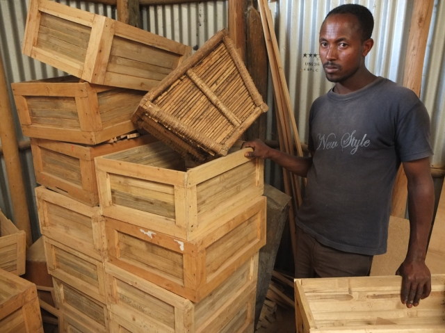 Modern beekeeping technology is also on hand for research work and we were again impressed by the ingenuity of locally available resources.